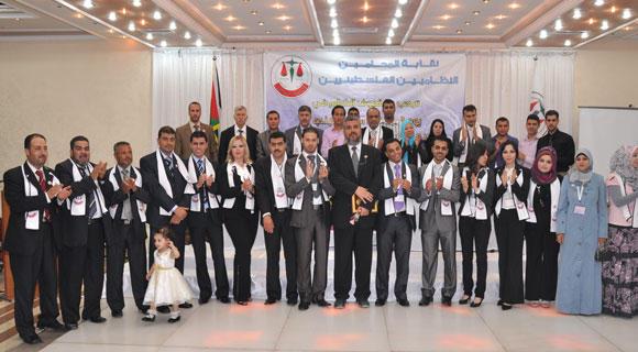 تكريم تقابة المحامين للدكتور سمير العمري