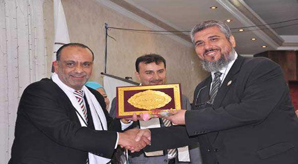 نقابة المحامين الفلسطينيين تكرم د. سمير العمري